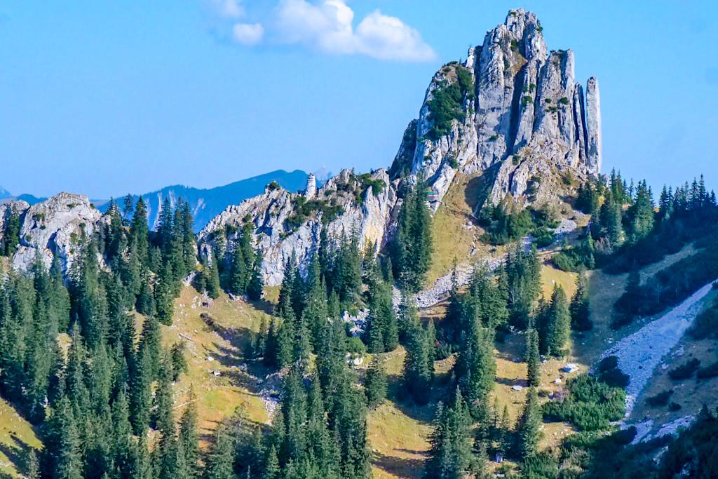 Risserkogel Wanderung - Plankenstein oder Blankenstein - Westflanke vom Grubereck gesehen - Tegernsee, Bayern