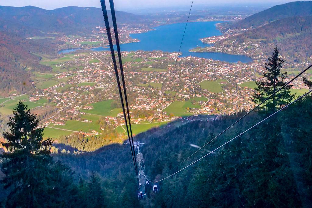 Wallbergbahn mit grandiosen Ausblick auf den Tegernsee und Rottach-Egern - Bayern