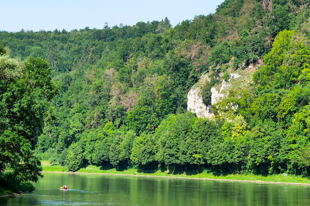 Altmühltal Schifffahrt auf der Donau zum Donaudurchbruch - Kelheim, Bayern