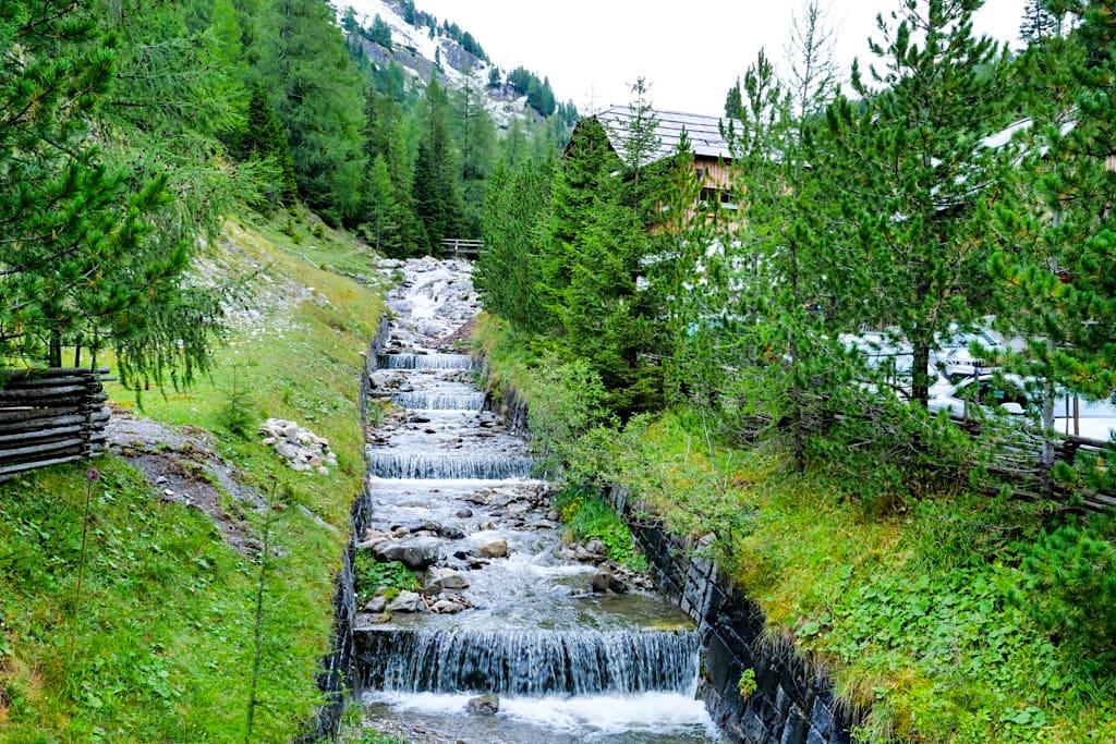 Nockalmstrasse - Bachläufe, Nockberge, grandiose Ausblicke - Kärnten, Österreich