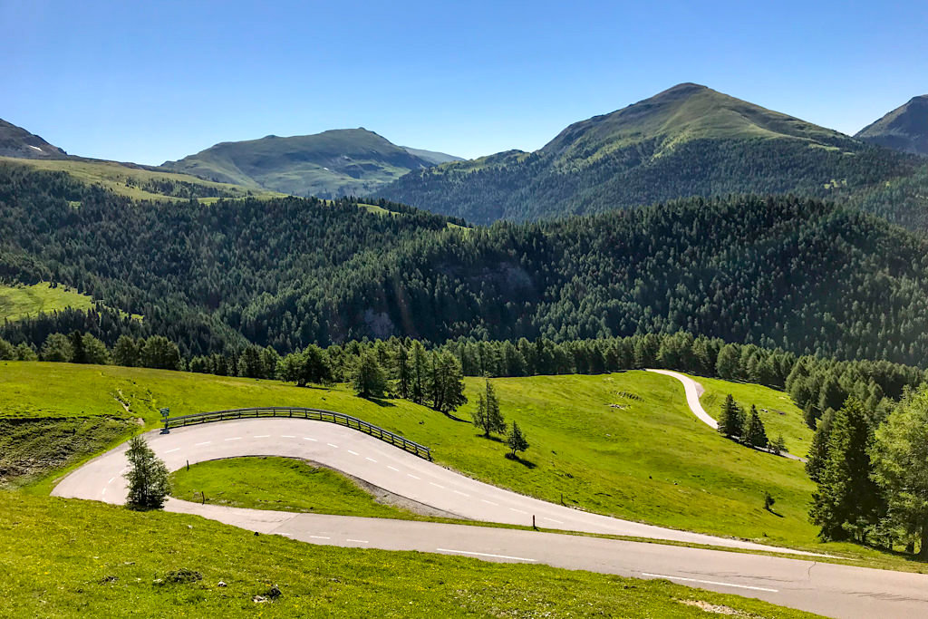 Nockalmstraße - Kurvenspaß & Nockberge-Kulisse bei Sonne - Kärnten, Österreich