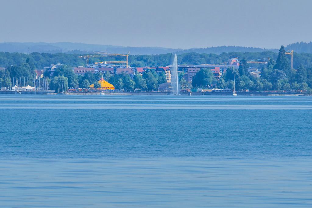 Friedrichshafen am Bodensee vom See aus gesehen - Baden-Württemberg