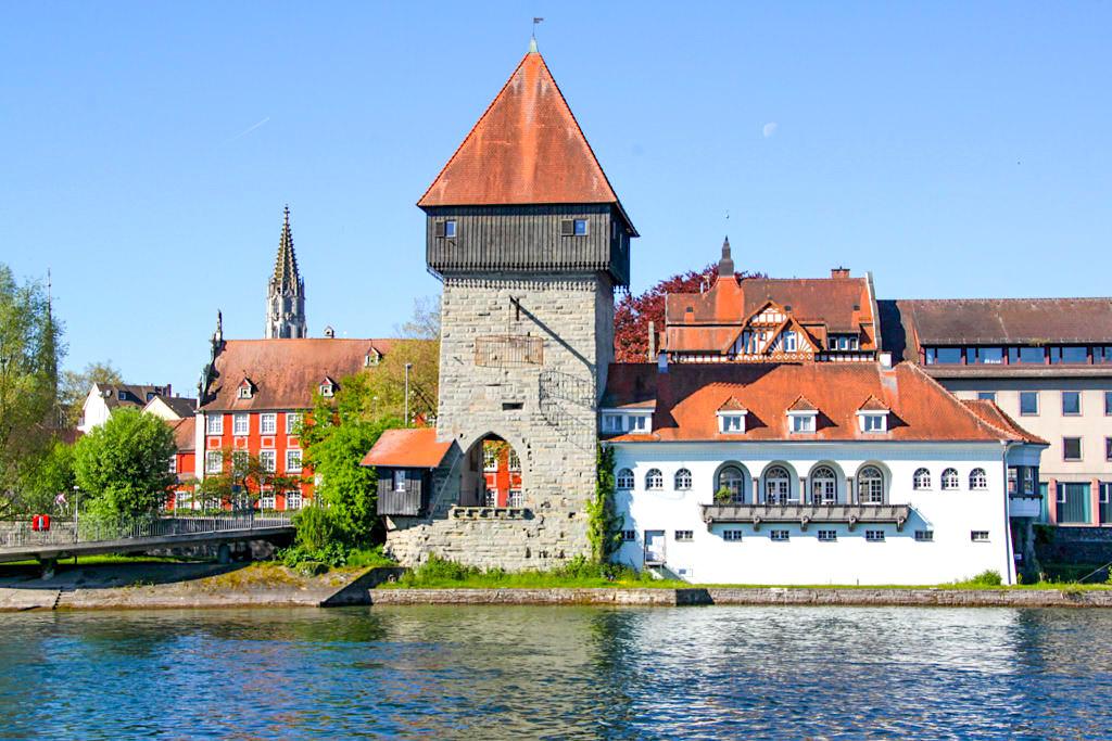 Konstanz - Blick auf Rheinufer & historische Altstadt - Baden-Württemberg