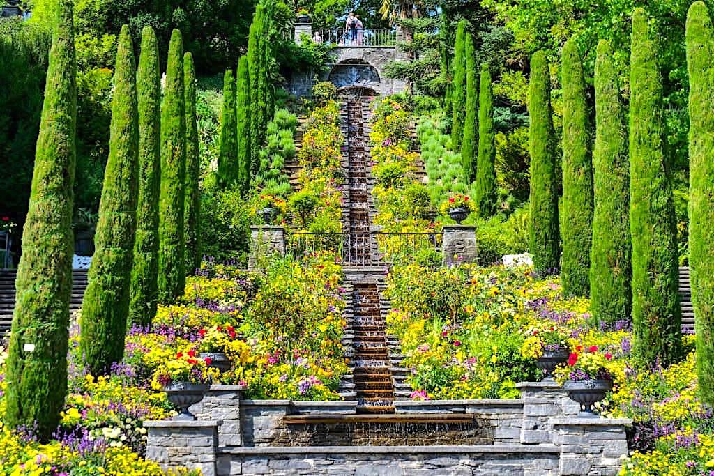 Insel Mainau Highlights - Italienische Blumen-Wassertreppe einfach atemberaubend schön! - Blumeninsel im Bodensee - Baden-Württemberg