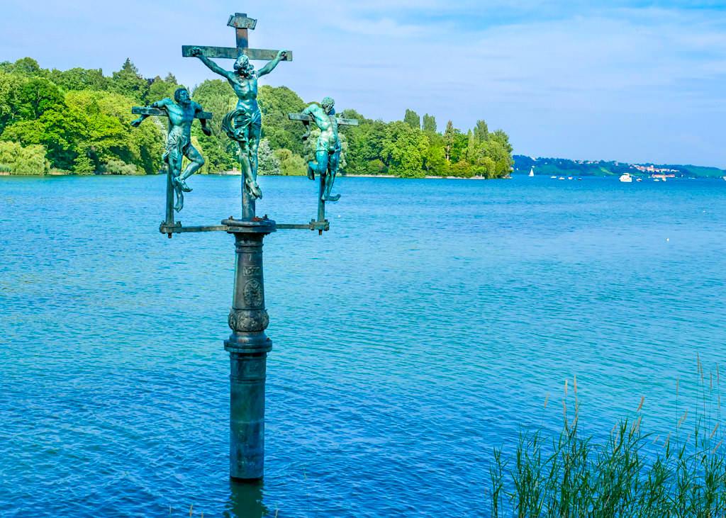 Insel Mainau - Das Schwedenkreuz erinnert an die Schwedische Belagerung der Insel - Baden-Württemberg