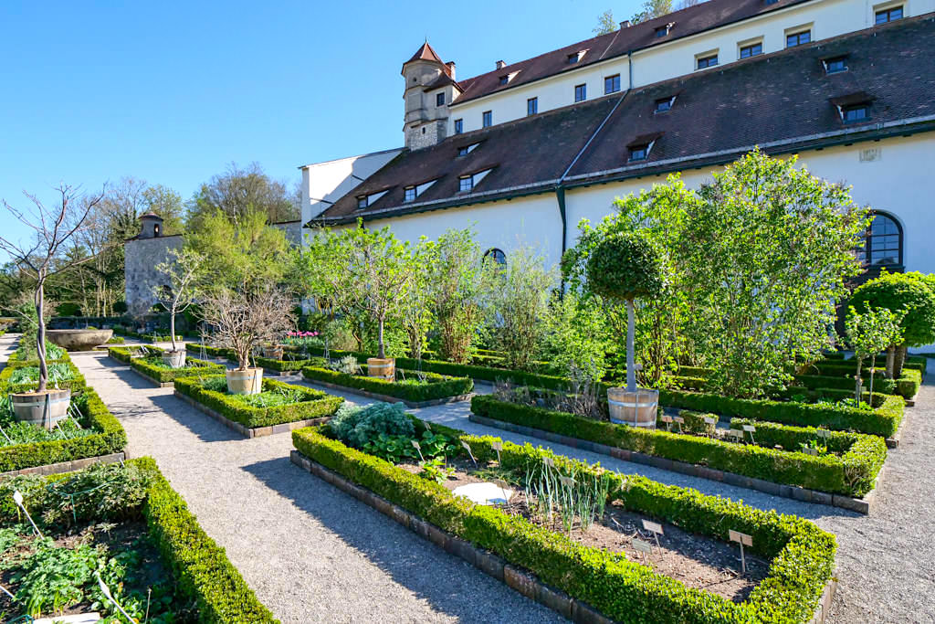 """Der wunderschöne Bastionsgarten der Willibaldsburg """"Hortus Eystettensis"""" - Altmühltal Sehenswürdigkeiten - Bayern"""