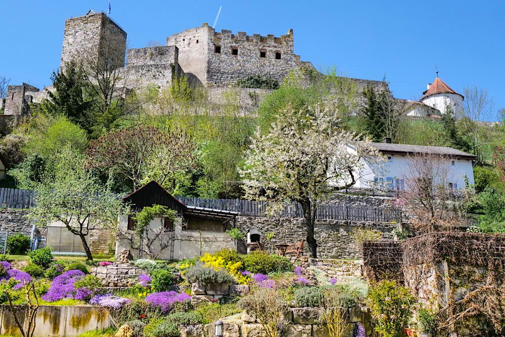 Burg Pappenheim - eine der vielen historischen Burgen im Altmühltal - Bayern