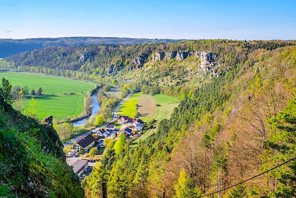 Burgruine Arnsberg - Die atemberaubend schönen Ausblicke auf Altmühltal - Ausflugsziele Altmühltal - Bayern