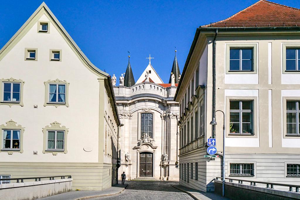 Historische Altstadt & Bisschofsstadt Eichstätt - Ausblick auf den Dom von der Spitalbrücke - Altmühltal Sehenswürdigkeiten - Bayern