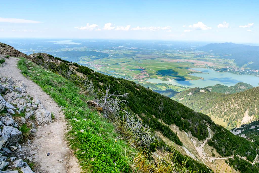 Heimgarten-Gipfel-Ausblick - Kochelsee bis Starnberger See - Herzogstand Heimgarten Kammwanderung - Bayern