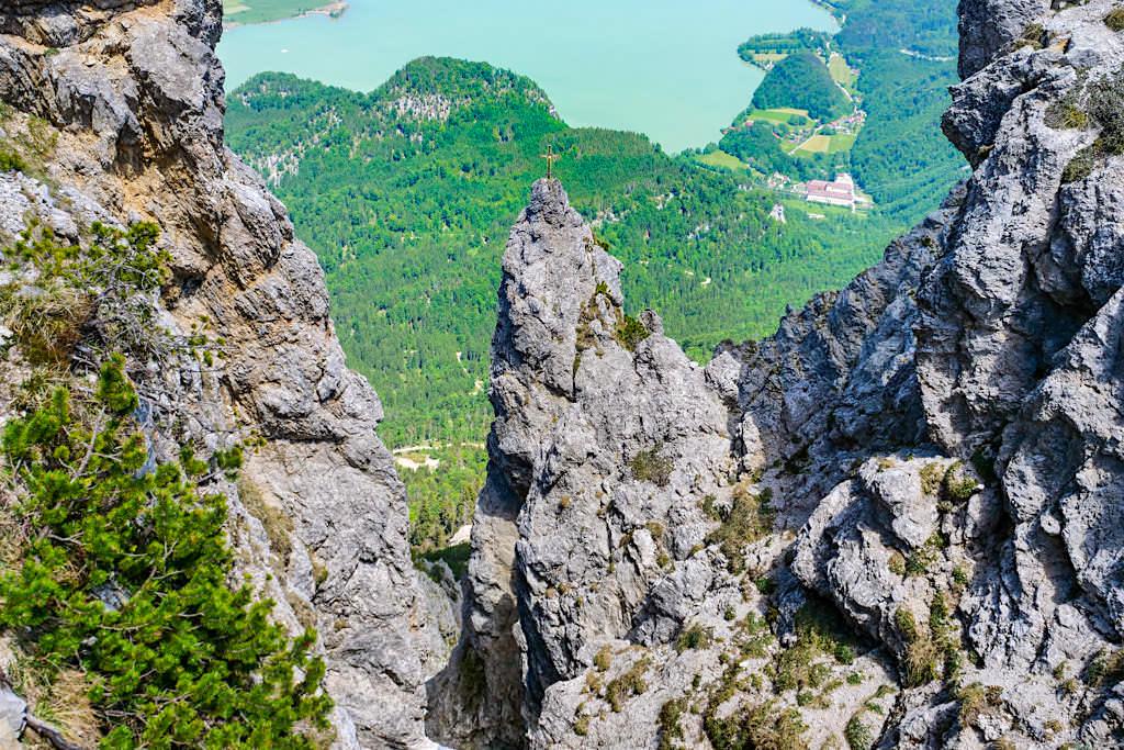 Herzogstand Heimgarten Gratwanderung - Imposante, schwindelige Tiefblicke hinab auf den Kochelsee - Bayern