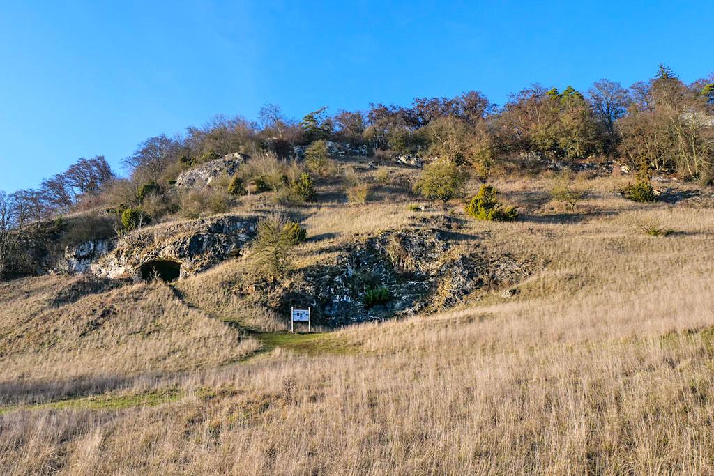 Mauerner Höhlen oder Weinberghöhlen von Mauern nördlich von Rennertshofen im Altmühltal - Bayern