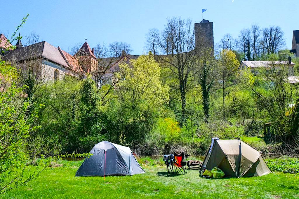 Pappenheim - Natur-Camping an der Altmühl: einer der wohl schönst gelegenen Campingplätze im Altmühltal - Bayern