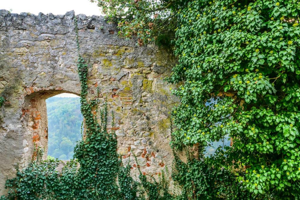 """Redensart """"Steinreich"""" - Woher stammt diese Redensart - Burgführung Schloss Prunn - Altmühltal, Bayern"""