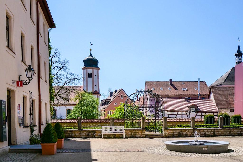 Stadtschloss Treuchtlingen - Toristeninformation & Posamentenmuseum der Aurnhammer-Sammlung - Altmühltal Sehenswürdigkeiten - Bayern