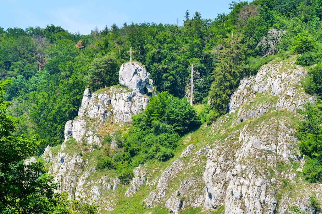 Wandern Altmühltal - viele Wanderwege & grandiose Ausblicke von Halbtages- über Ganztages-Wanderungen bis hin zu Mehrtages- und Wochentouren - Altmühltal Highlights & Ausflugszielen - Bayern