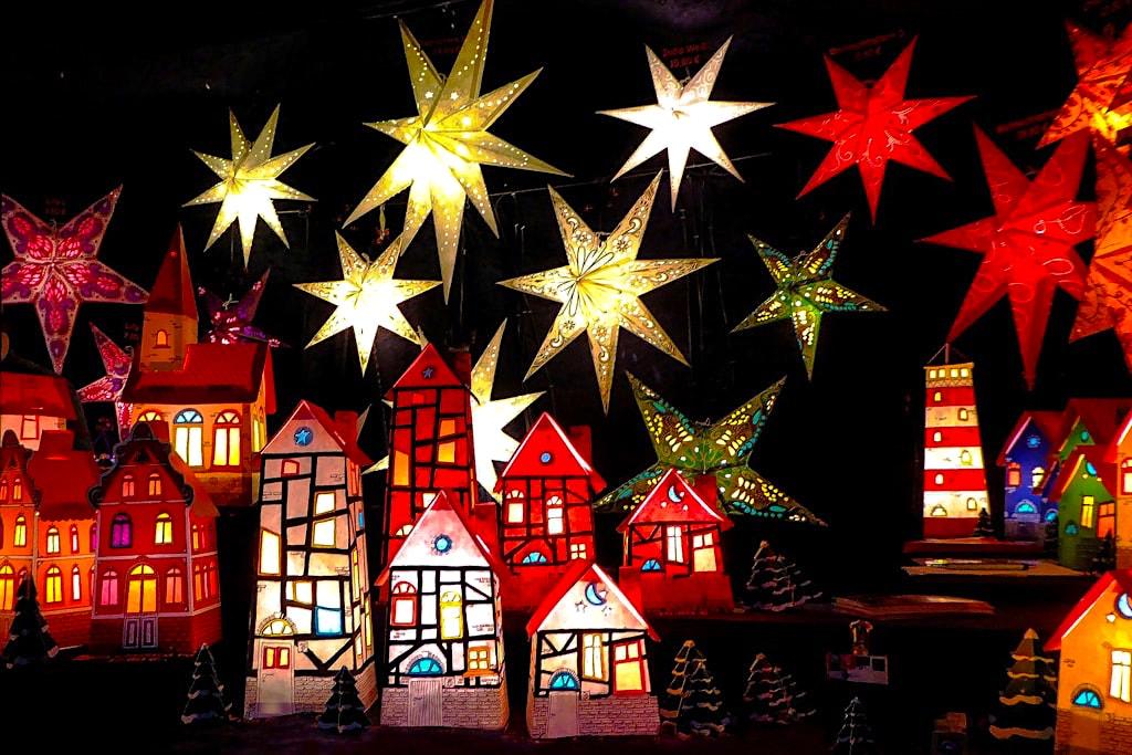 Weihnachtsmarkt von Mitte November bis Anfang Januar - Insel Mainau - Baden-Württemberg
