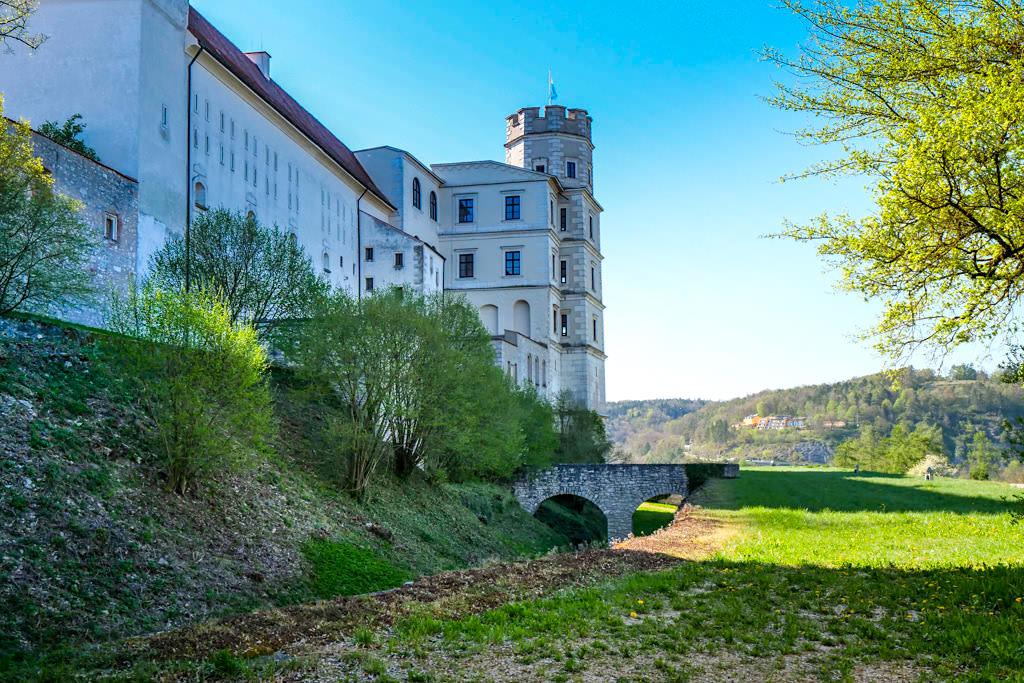 Willibaldsburg von seiner schönsten Seite - Ostseite und Innenseite der Burg - Altmühltal Sehenswürdigkeiten - Bayern