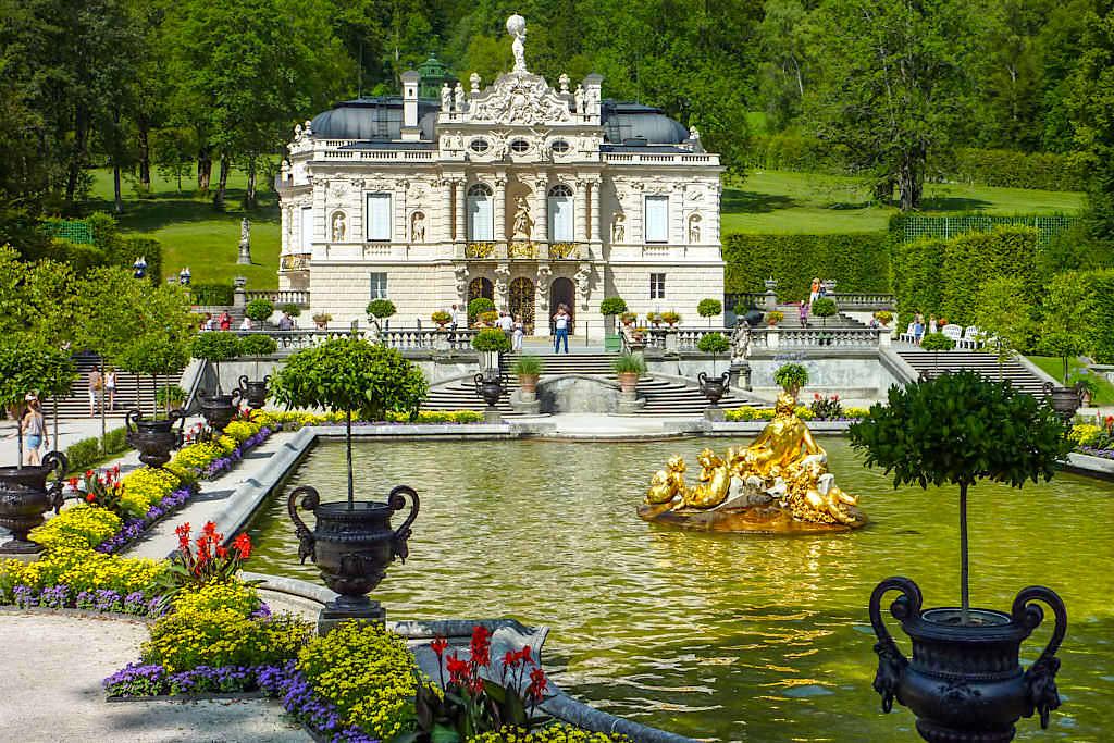 Schloss Linderhof - Königliche Villa von Königs Ludwig II - Bayern