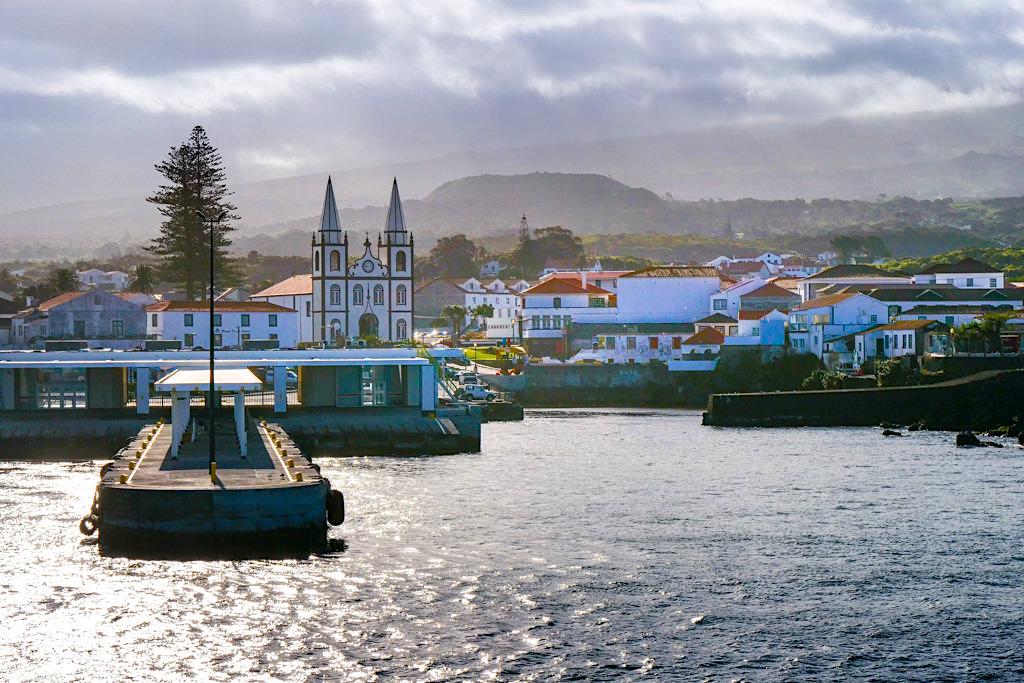 Madalena - freundliches Hafenstädtchen auf der Azoren-Insel Pico