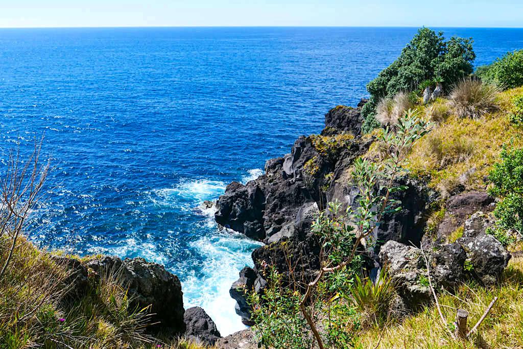 Wildschöne Küste bei Sao Joao - Wanderweg PR15 PIC auf der Insel Pico - Azoren