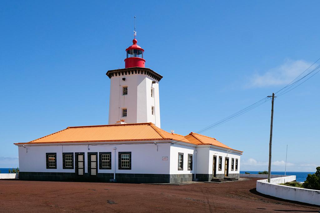 Leuchtturm Farol da Ponta da Ilha - Der östlichste Punkt der Insel Pico - Azoren