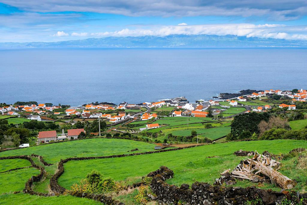 Grandioser Ausblick auf Santa Amaro und die Nachbarinsel Sao Jorge - Insel Pico Sehenswürdigkeiten - Azoren