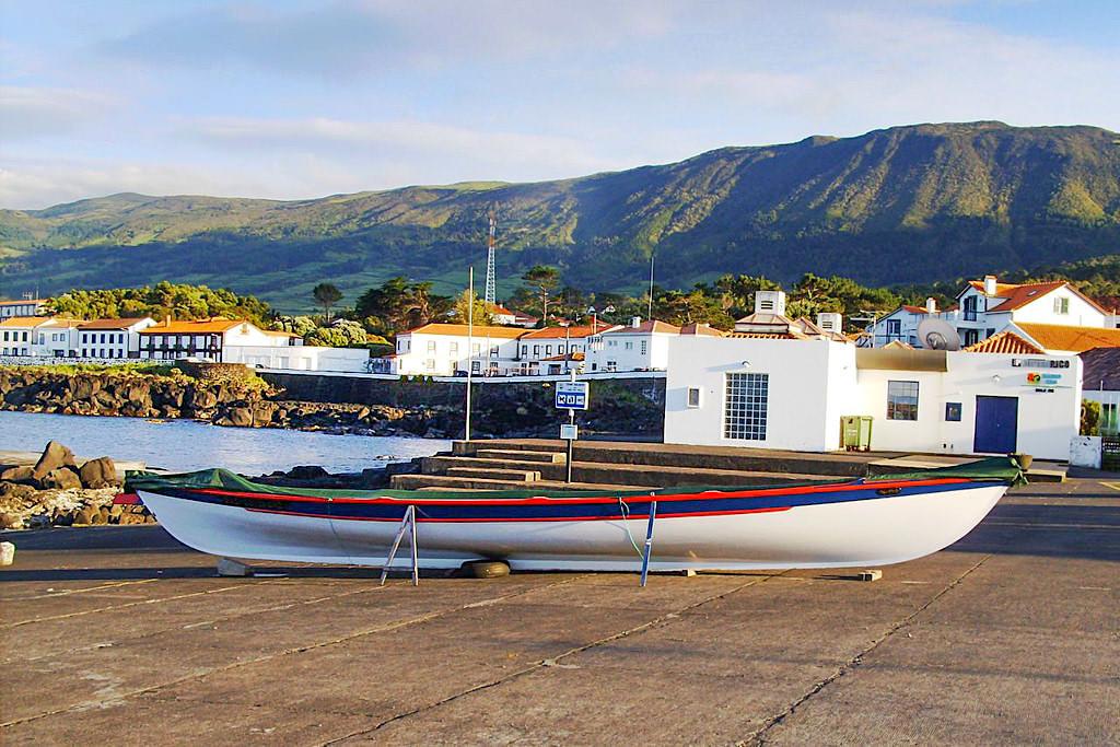 Sao Roque do Pico - Walfangmuseum am Hafen von Picos Nordküste - Azoren