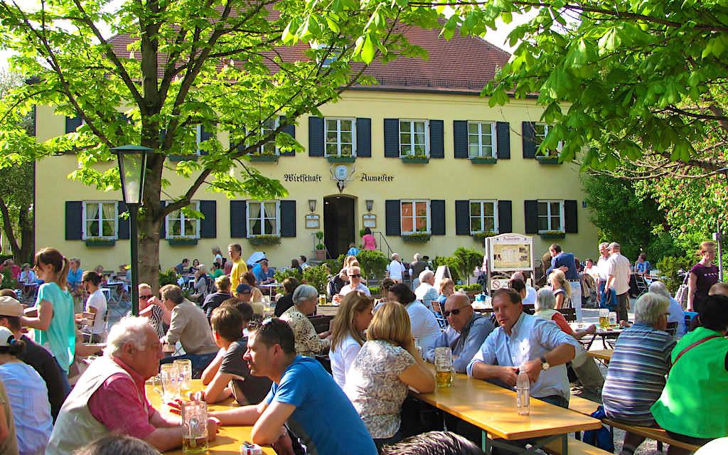 Aumeister Biergarten - Urig, schöner Biergarten im Nordteil des Englischen Gartens - München, Bayern