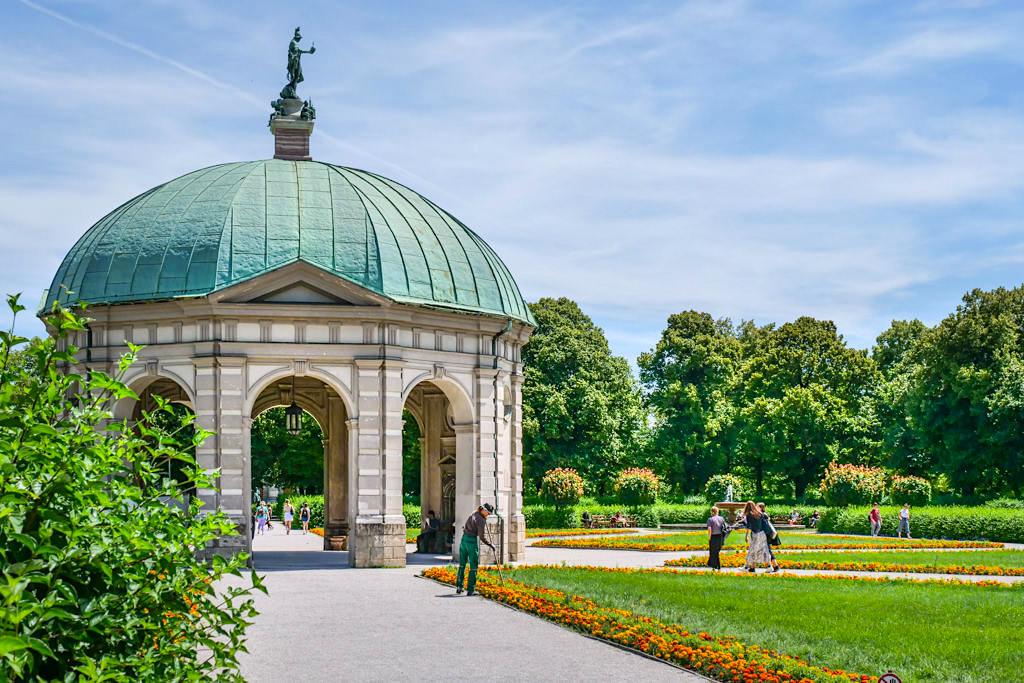 Hofgarten & Dianapavillon in München - Wunderschöner Renaissancegarten am Odeonsplatz - Bayern