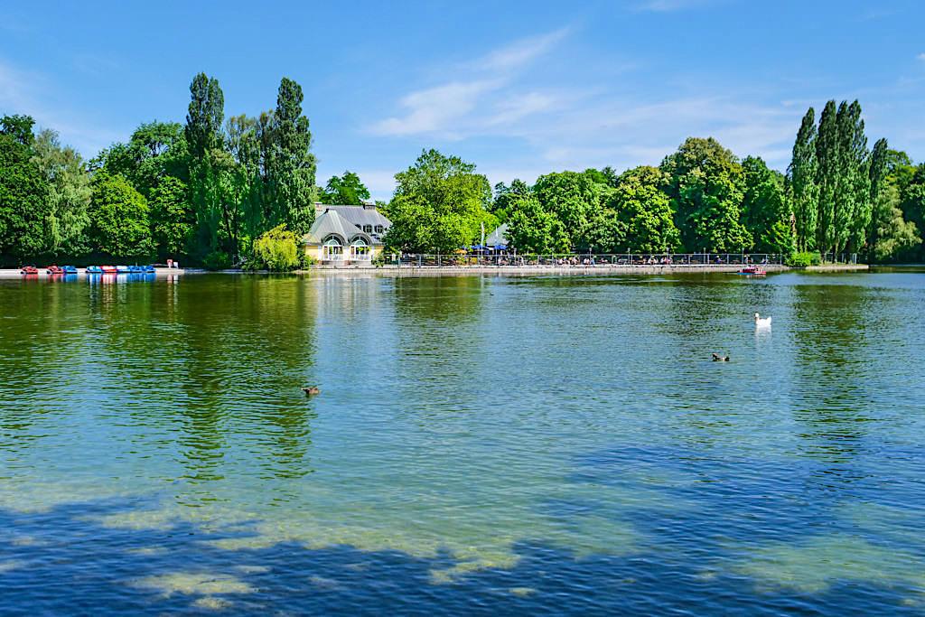 Kleinhesseloher See mit Seehaus - Englischer Garten Sehenswürdigkeiten & Attraktionen - Bayern