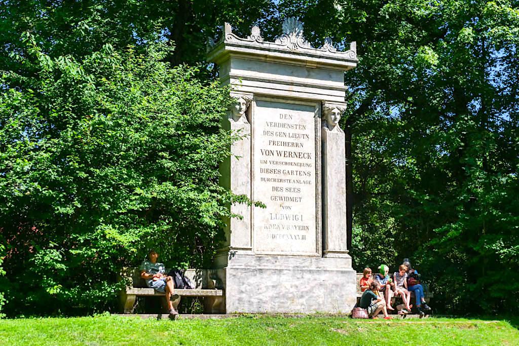 Von Werneck Gedenkstätte für die Verschönerung des Englischen Gartens - München, Bayern