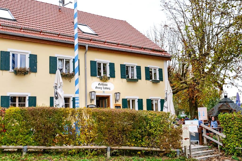 Gasthaus Georg Ludwig in Maising - Zwischenstopp auf der 3 Seen Wanderung Bayern