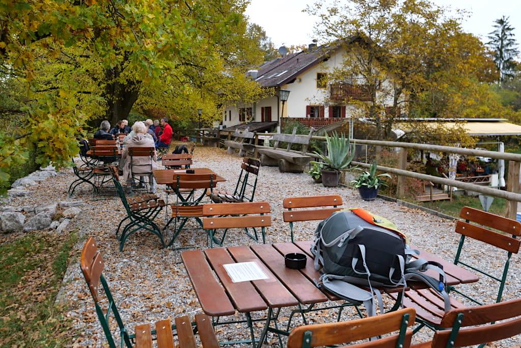 Gasthaus Maisinger Seehof mit Biergarten direkt am Maisinger See nahe Starnberg- Bayern