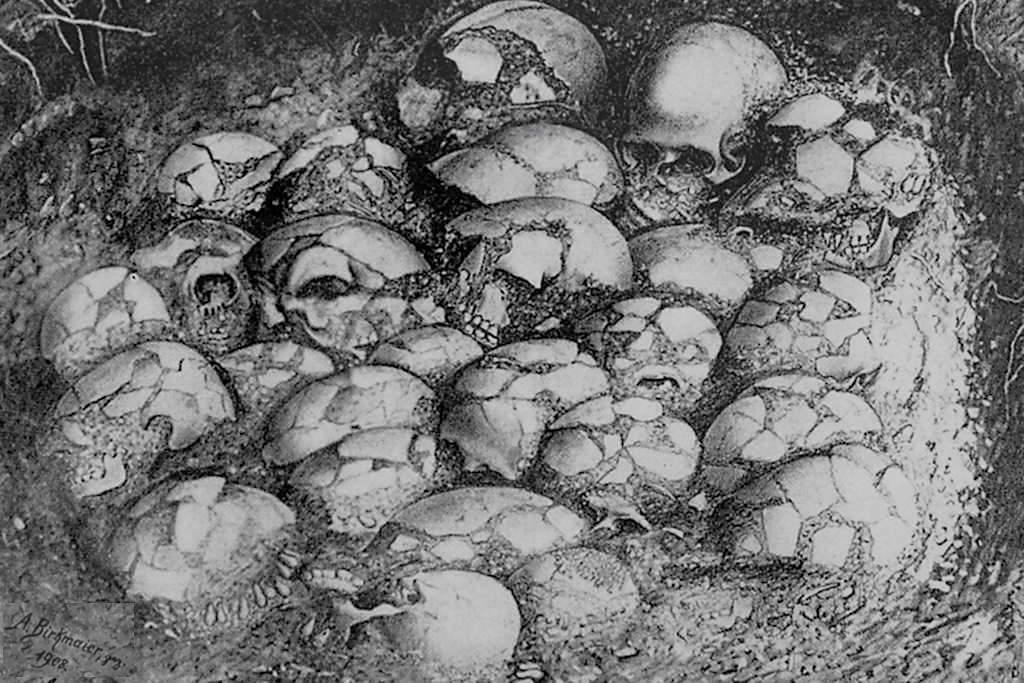 Zeichnung Schädelfund in der großen Ofnethöhle am Riegelberg - Schäferweg Wanderung im Donau-Ries - Bayern