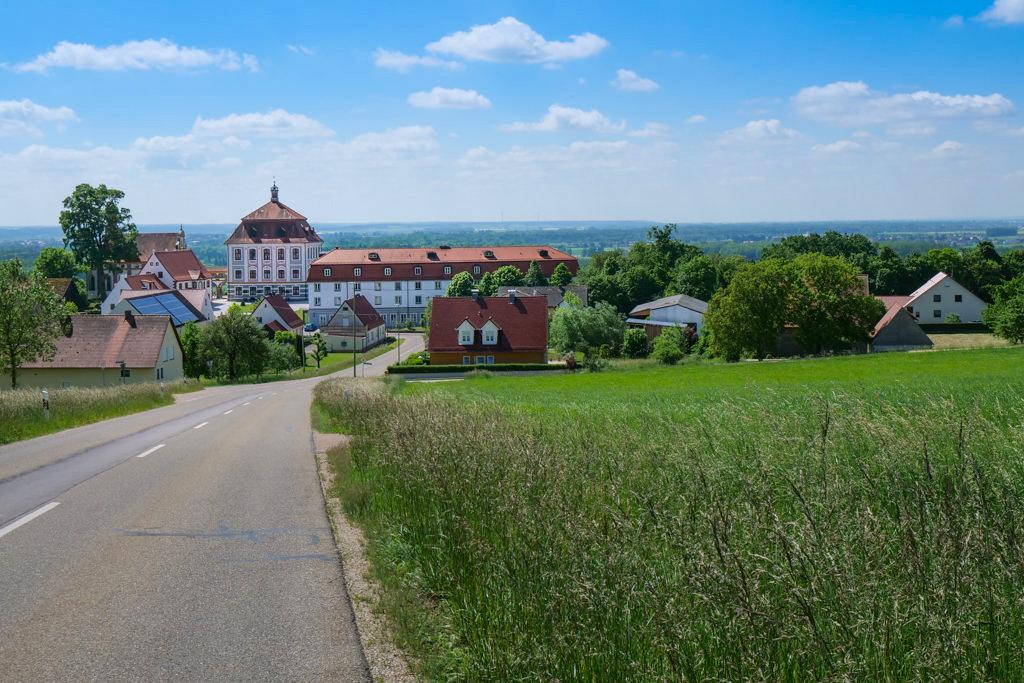 Schöner Ausblick auf Schloss Leitheim - Donau-Ries, Bayern