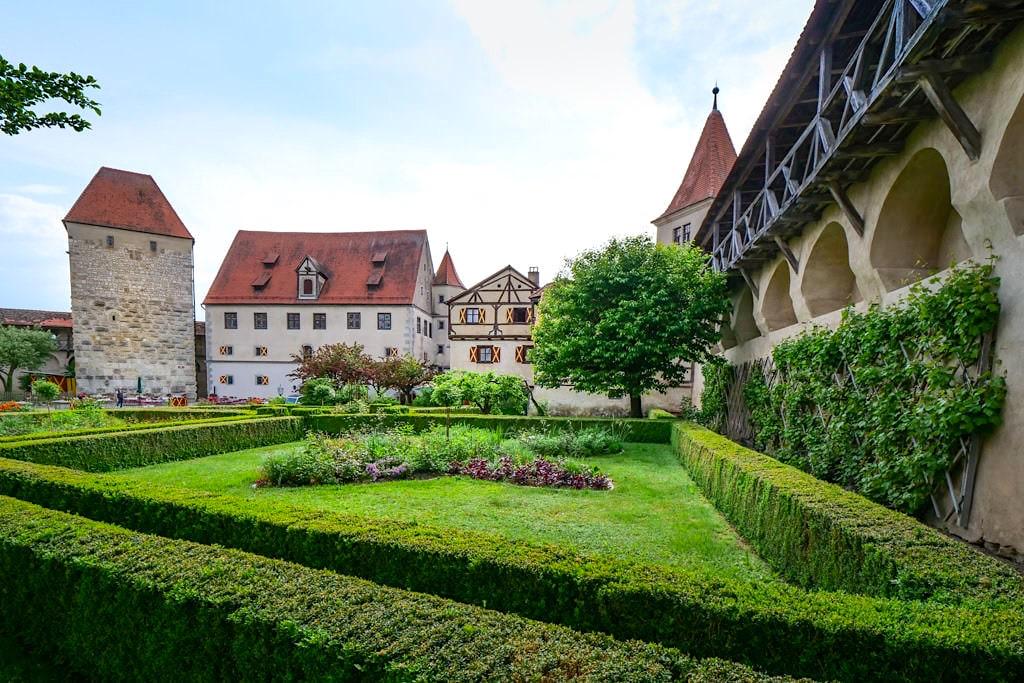 Burg Harburg - Harburg - Blick in den Innenhof - Schönste Burgen & Schlösser Donau-Ries, Bayern