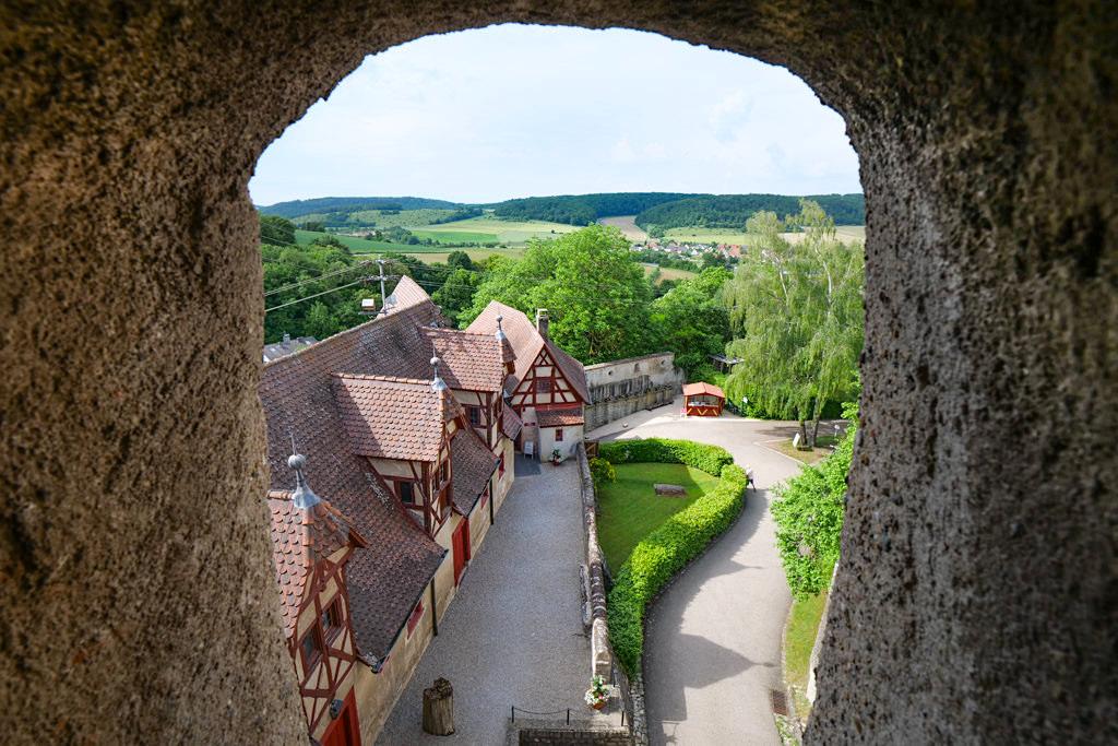 Schloss Harburg - Ausblick auf Rote Stallung mit ihren Ausstellungen - Donau-Ries, Bayern