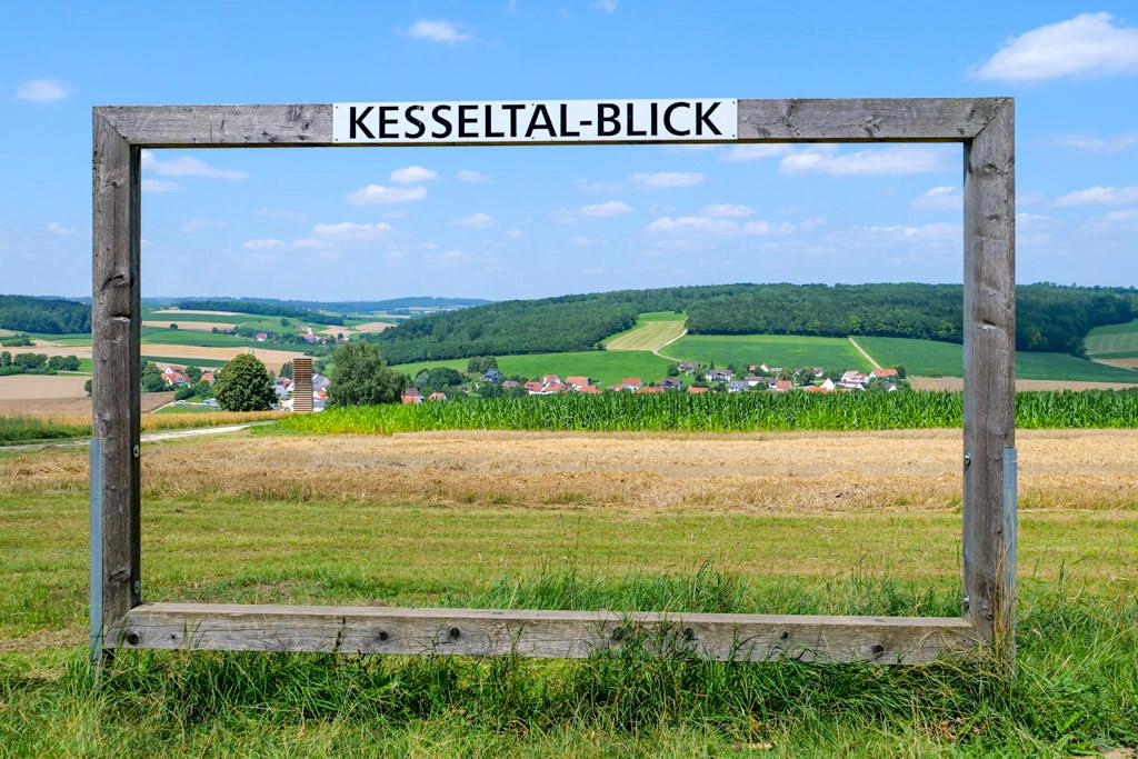 Der schönste Kesseltal-AusBlick bei Kesselostheim gehört definitiv in einen Rahmen - Dillinger Land, Bayerisch Schwaben