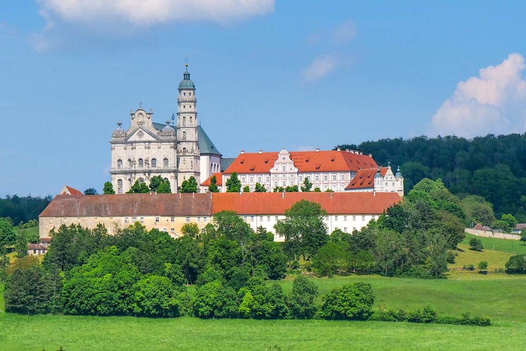 Wunderschönes Kloster Neresheim mit Barockkirche - Ferienland Donau-Ries & Schwäbische Alb, Baden-Württemberg