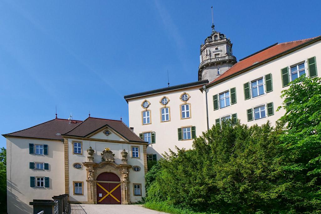 Schloss Baldern - Eingang zur Burganlage - Ferienland Donau-Ries & Schwäbische Alb, Baden-Württemberg