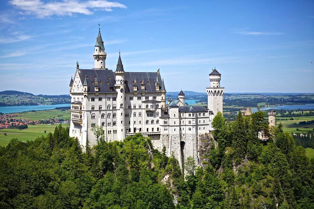 Schloss Neuschwanstein - Inbegriff eines Märchenschlosses - Füssen, Bayern