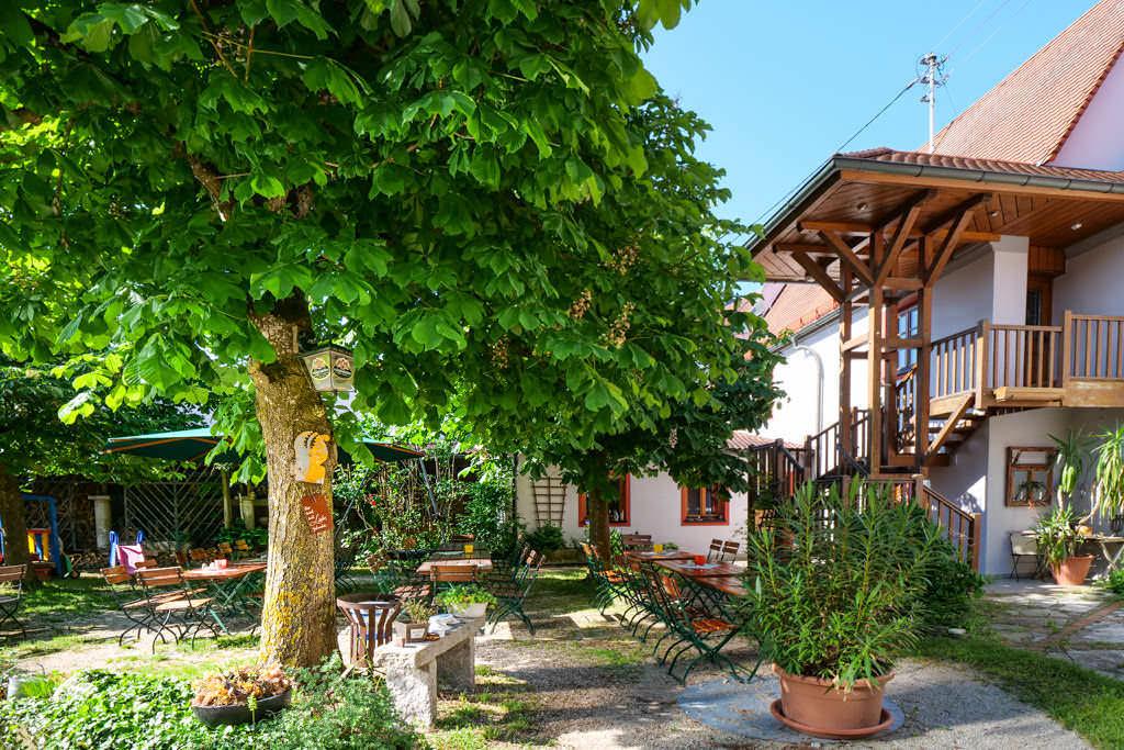 Landgasthof Sonne - Biergarten - Donau-Ries, Bayern