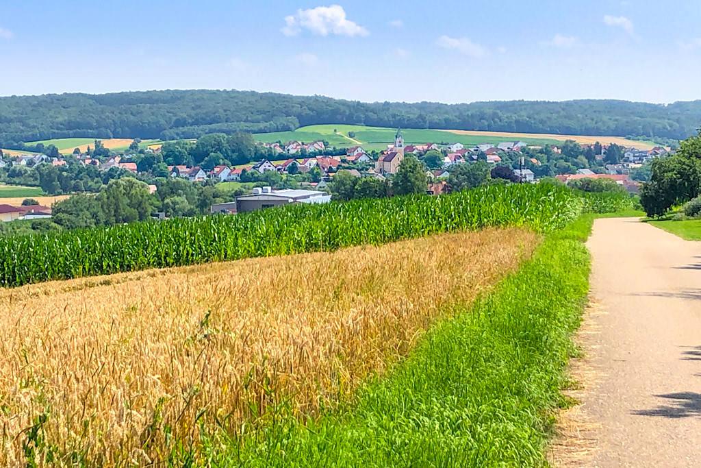 DonauTäler Radwege - Grandioser Ausblick auf Finningen von der Etappe Wildfang - Dillinger Land, Bayern