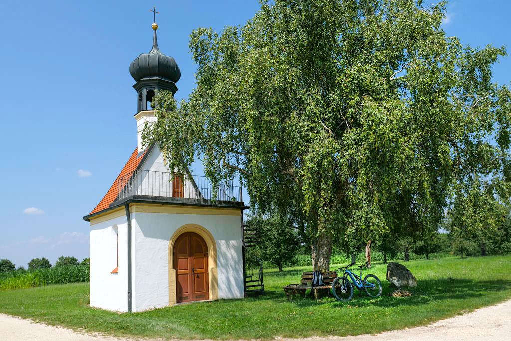 DonauTäler Radwege gespickt mit wunderschönen Rast- & Pausenplätzen mit großartigem Ausblick & herrlicher Kulisse - Dillinger Land, Bayern