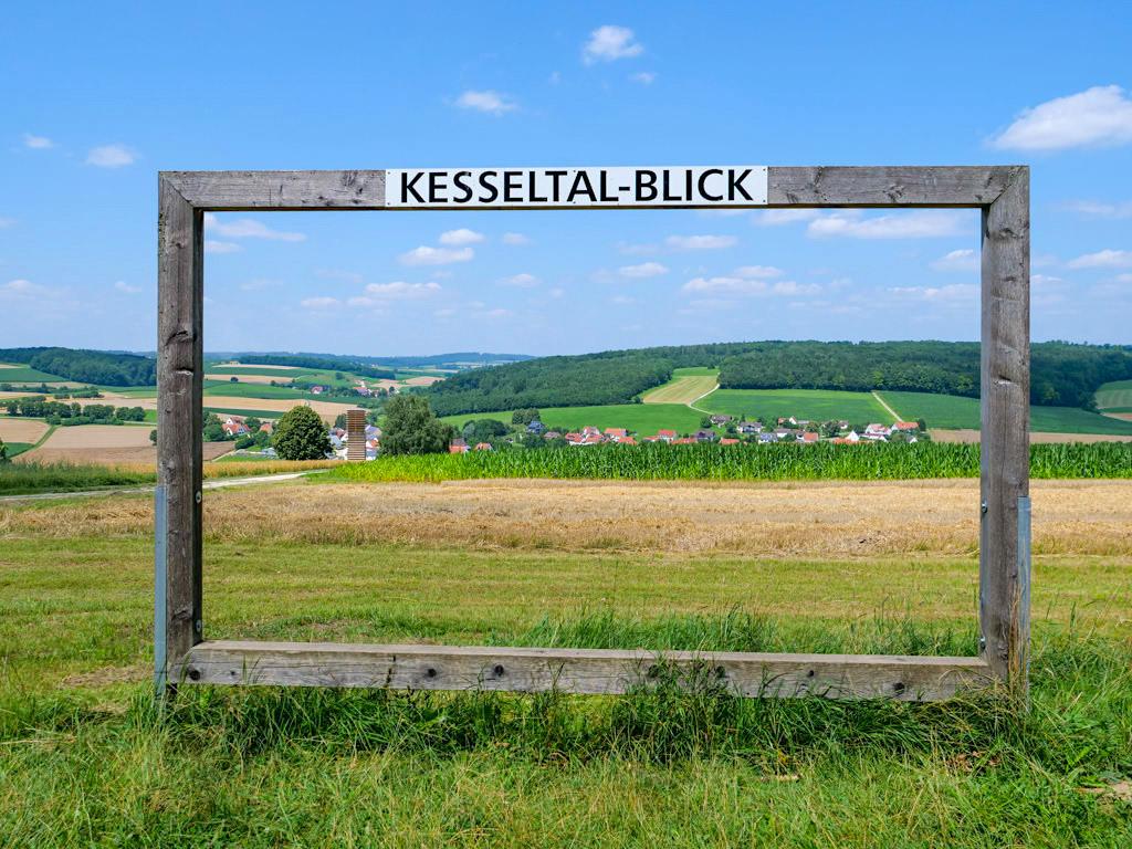 DonauTäler Radwege nördlich der Donau - Grandioser Kesseltal-Panorama-Blick bei Bissingen - Dillinger Land