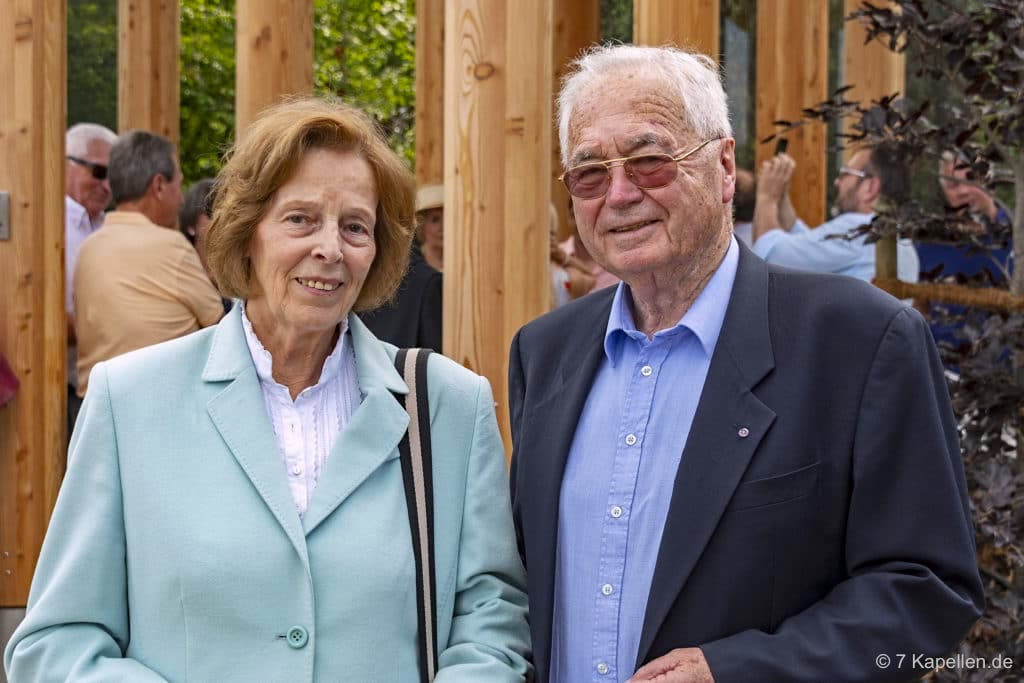 Elfriede & Siegfried Denzel haben das 7 Kapellen Projekt mit ihrer Stiftung ins Leben gerufen & umgesetzt - Dillinger Land, Bayern