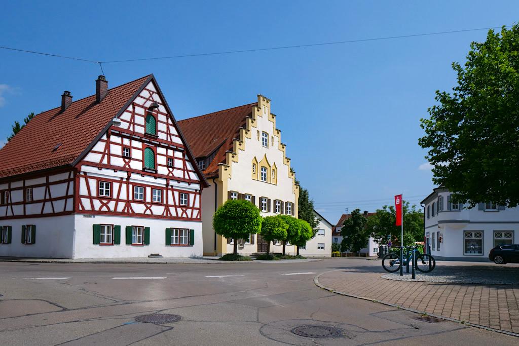 Wittislingen - Schöne Altstadt mit Fachwerkhäusern - Schönsten DonauTäler Radwege im Dillinger Land, Bayern